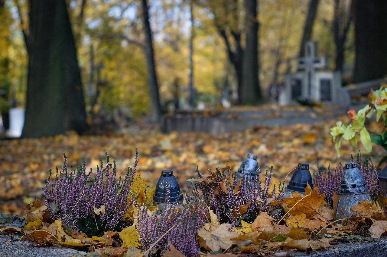 cemetery 2821279 1280
